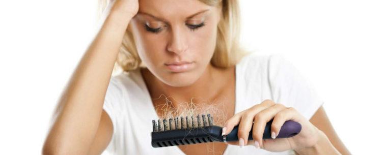Не покидай меня! Что делать при выпадении волос после родов?