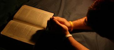 Православные молитвы при родах за мамочку и ребенка!