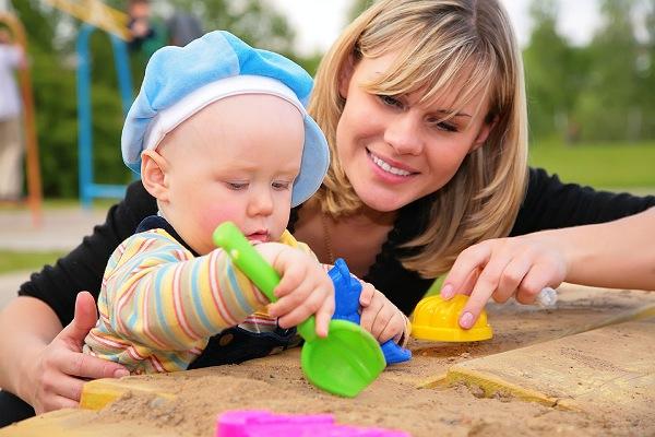 В какой момент пора начинать заниматься воспитанием ребенка