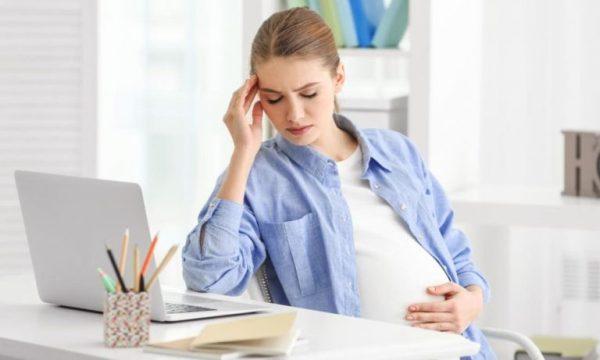 Как можно халявить на работе беременной женщине