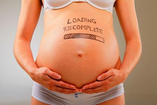Какие факторы влияют на размер живота беременной женщины