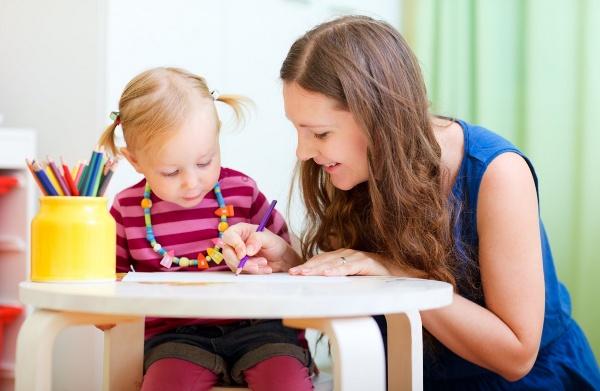 Когда стоит приступать к занятиям с ребенком