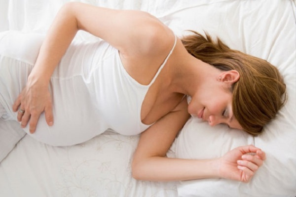 Опасно ли пульсирование живота при беременности