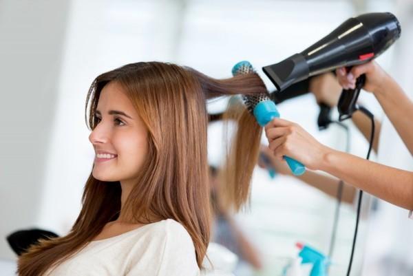 Какие ошибки совершают при сушке волос