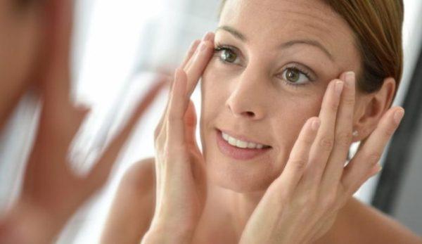 Как неправильная осанка добавляет морщины на лице