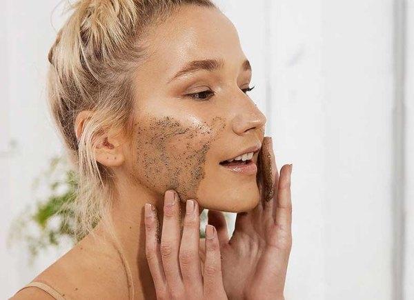 Ошибки в уходе за жирной кожей в зимний период