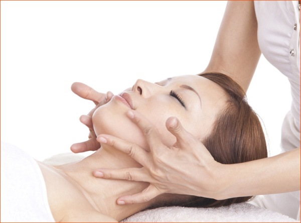 Японский лифтинг-массаж кобидо для подтяжки лица без инъекций