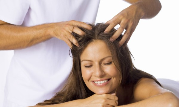 Помогает ли массаж кожи головы для роста волос