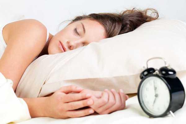 Что нужно сделать перед сном, чтобы на утро выглядеть свежей