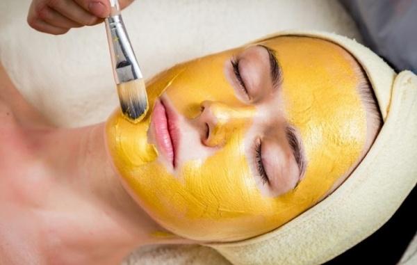 Специя против воспалений: как куркума помогает бороться с несовершенствами кожи