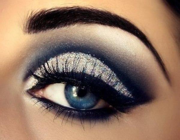 С таким макияжем голубые глаза будут необычайно обворожительными