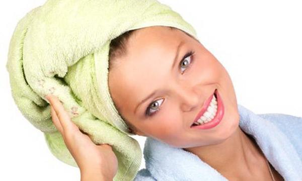 10 полезных советов по уходу за волосами, которыми поделились стилисты