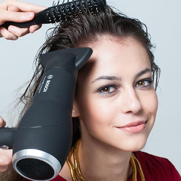 Как надолго сохранить объем на коротких волосах