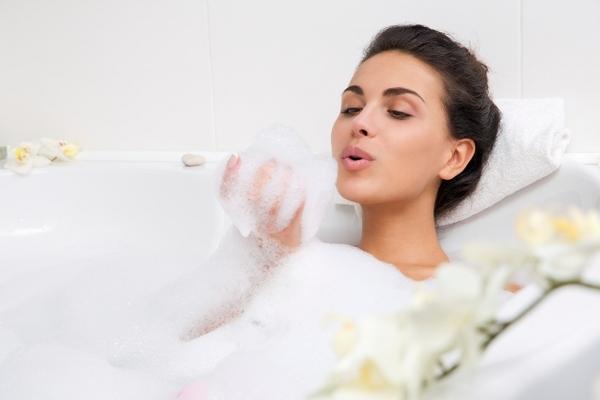 Лекарственные ванны для поддержания молодости