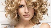 5 вариантов укладки средней длины волос на 8 марта