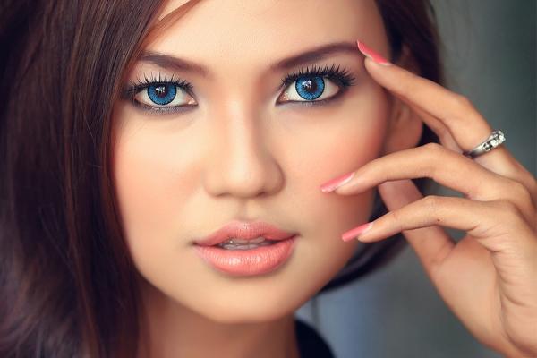 Что нужно знать о правилах макияжа для круглого лица