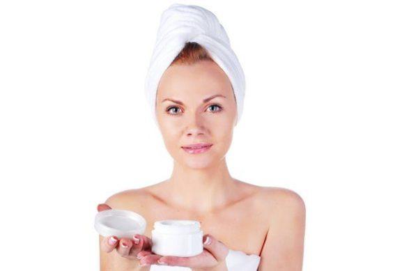 Что необходимо сделать перед нанесением ночного крема: очищение, скраб/пилинг, тоник