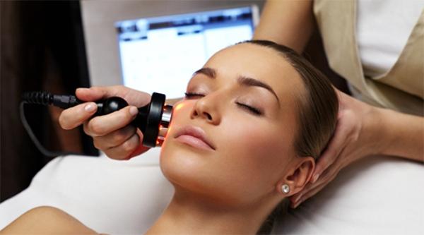 Самые частые проблемы с кожей, с которыми обращаются к косметологам