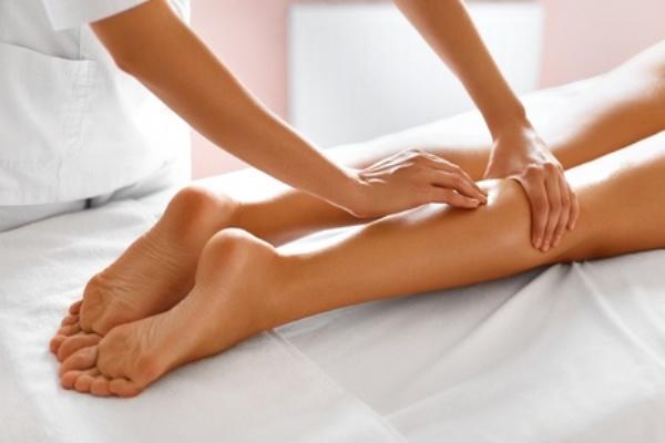 Виды массажа, которые рекомендуются после 40 лет