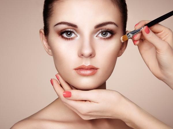 Правила нанесения макияжа, которые нарушают практически все