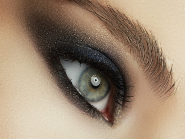 Какие ошибки часто совершают при макияже smokyeyes