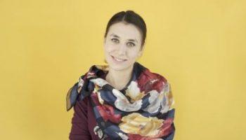 Как красиво повязать на шею платок или шарфик