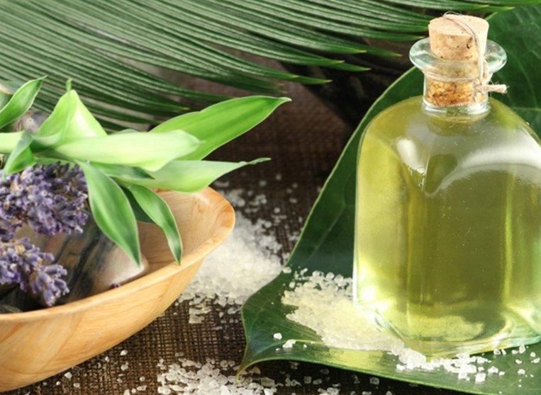 Как приготовить тоник для стимуляции роста волос в домашних условиях