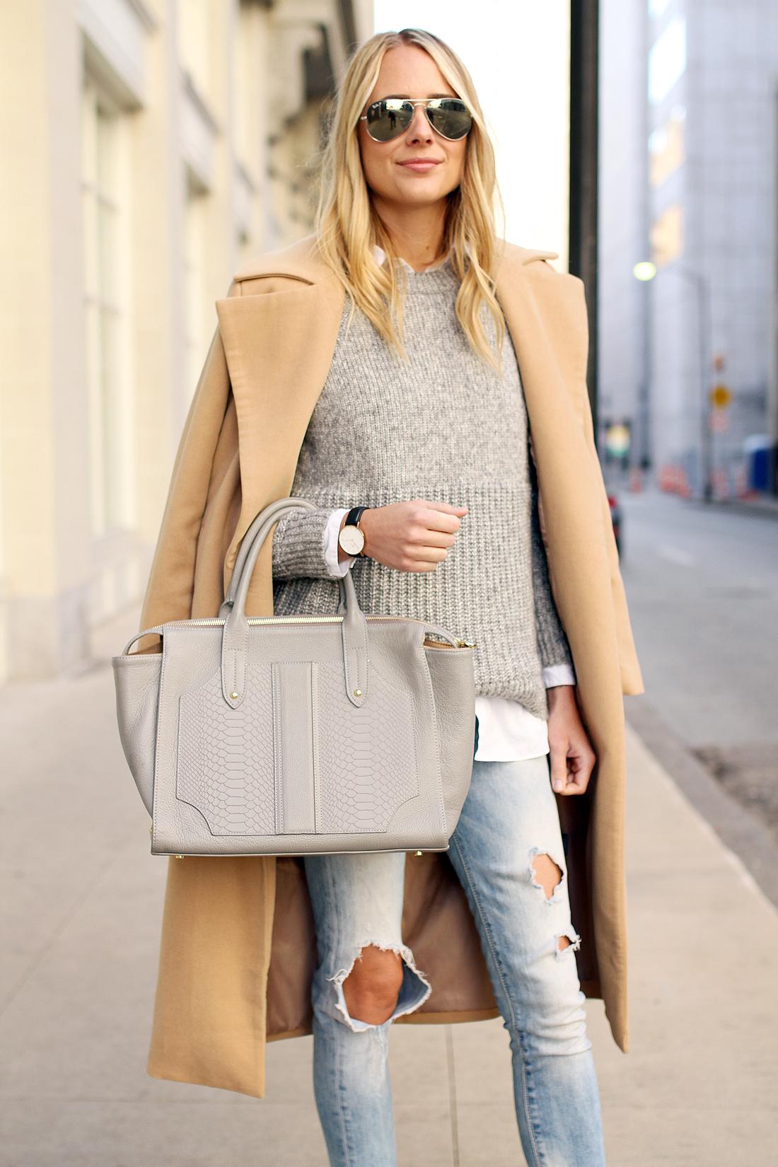 Как выбрать базовую сумку к гардеробу
