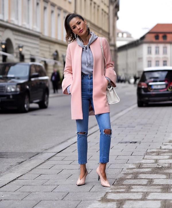 5 вариантов приталенного покроя пальто на теплую весну