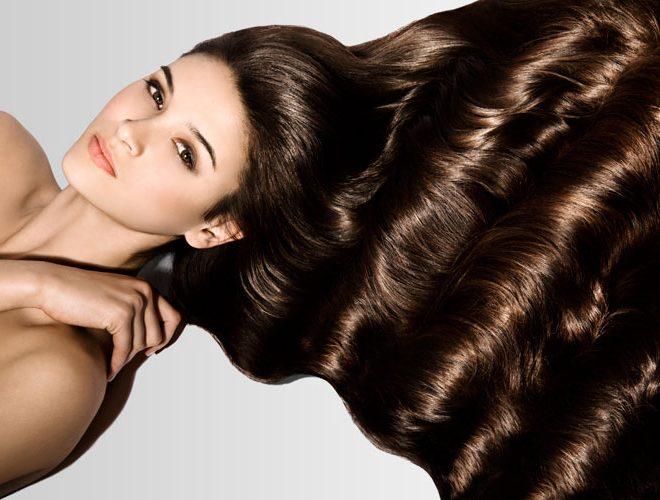 Почему нужно защищать волосы от солнца и как правильно это делать