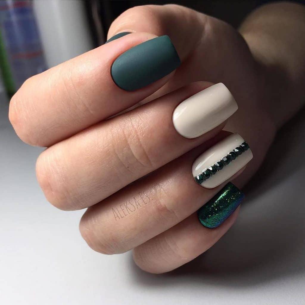 Маникюр на прямоугольные ногти: стильные и модные варианты