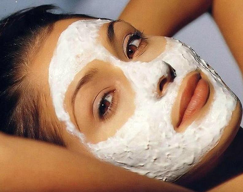 5 средств из холодильника для безупречной кожи лица