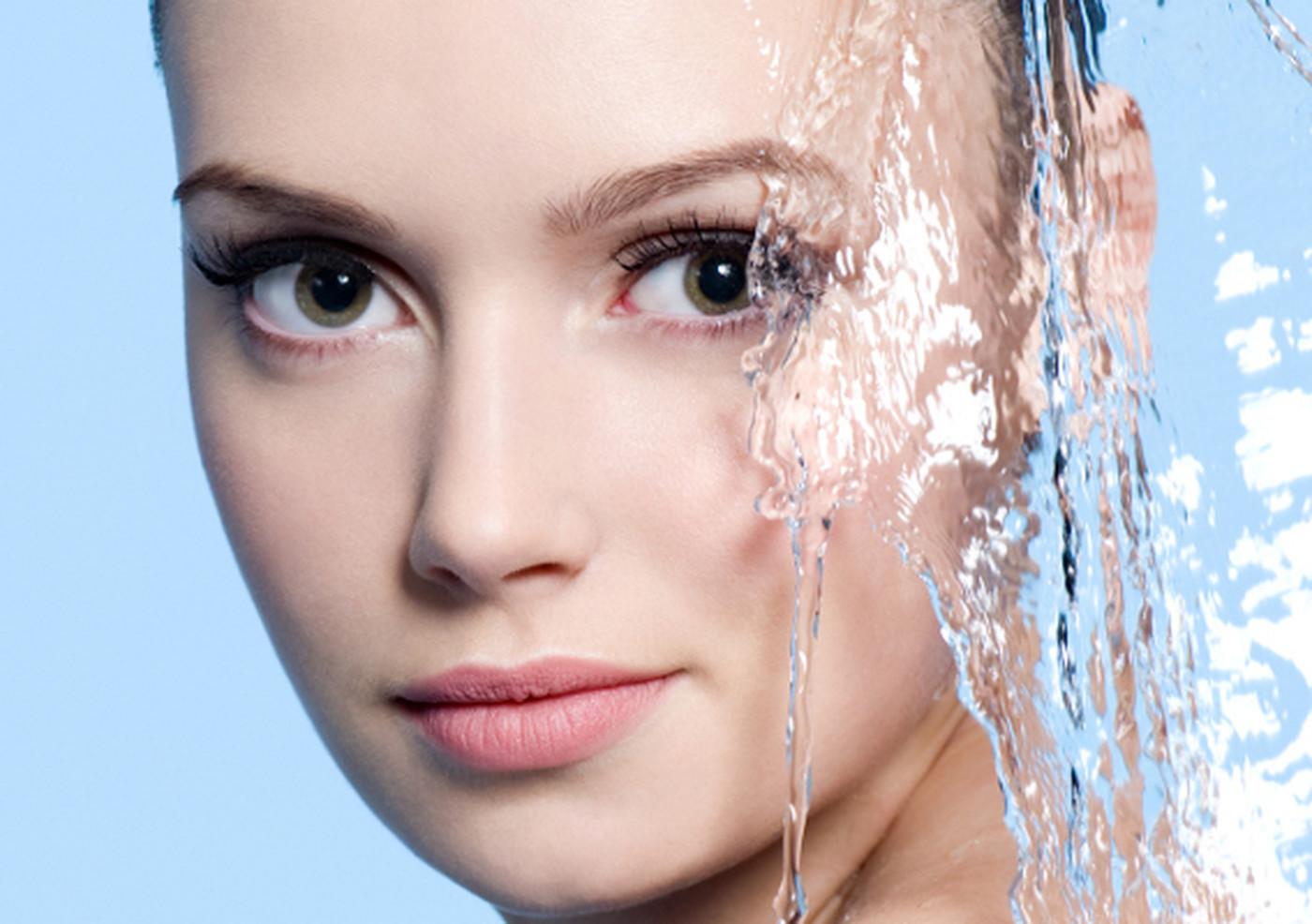 Защита кожи от солнца и морской воды: 5 средств комплексного ухода