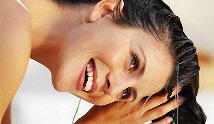 Как сделать дома горячую маску-обёртывание для роста волос