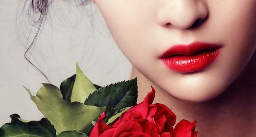 Почему в летнее время лучше пользоваться тинтом для губ, чем помадой