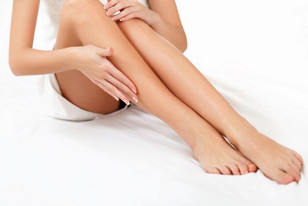 Как самостоятельно избавится от огрубевшей кожи стоп надолго