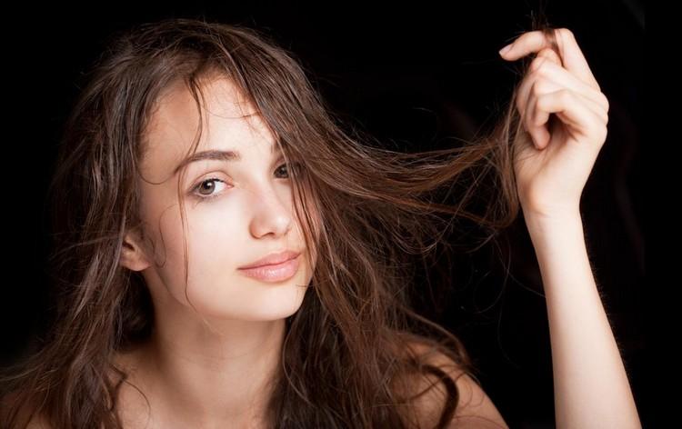 Как часто можно мыть волосы, чтобы не повредить их