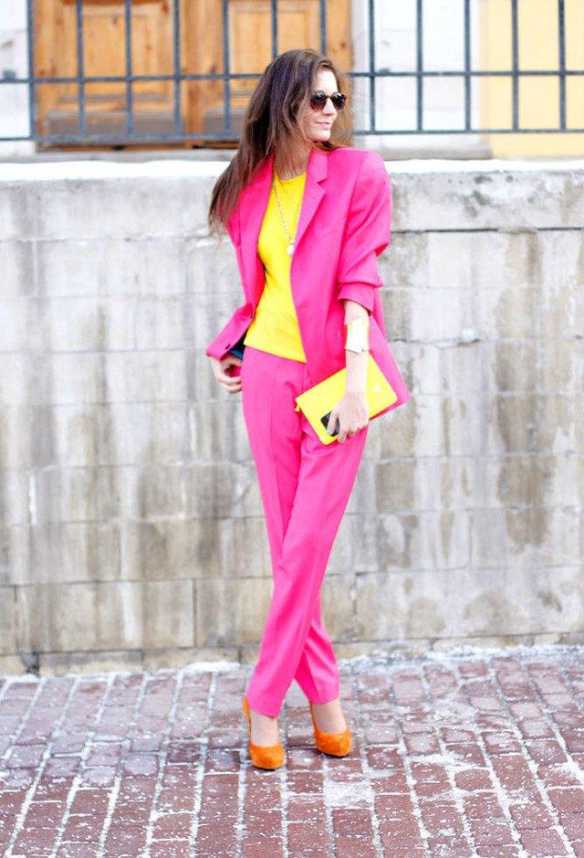 Розовое и жёлтое: новая мода на совмещение двух ярких цветов