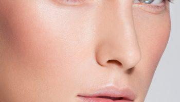 Чёрные полосы вместо бровей: 5 грубых ошибок в макияже