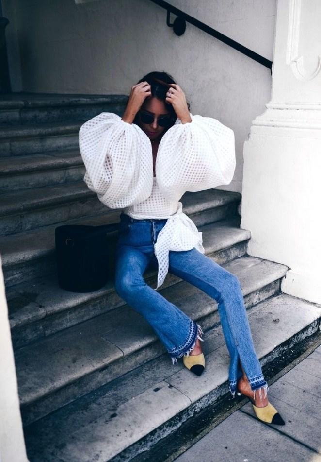 Как носить модные объёмные рукава кофты и с чем это сочетать
