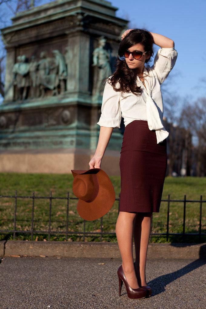 5 стильных советов, с чем носить юбку-карандаш с кружевом