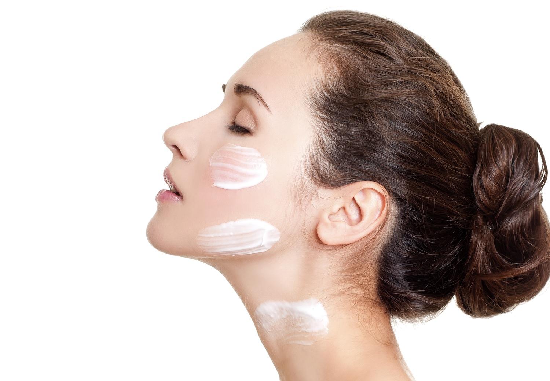 Как наносить макияж для эффекта чистой и свежей кожи