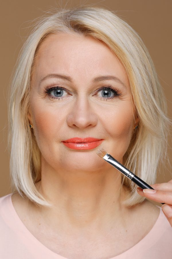 Правила макияжа женщинам после 50 для ухоженного лица