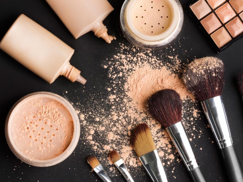 5 ошибок в макияже, которыми часто грешат женщины после 40 лет