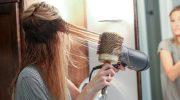 5 ошибок в уходе за волосами, которые делают их ломкими и непослушными