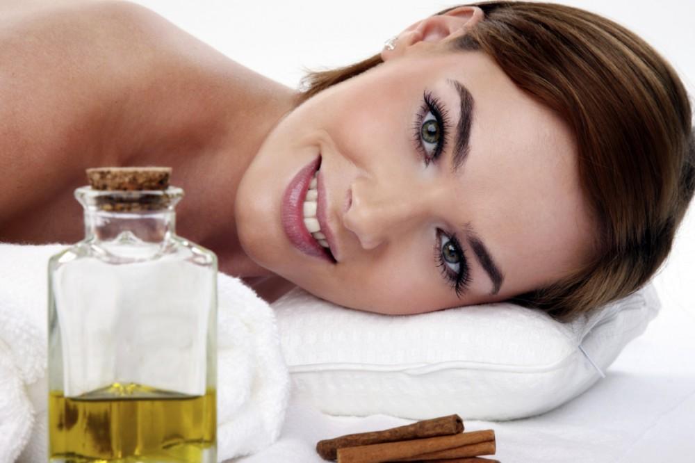Почему не стоит наносить масла на кожу лица