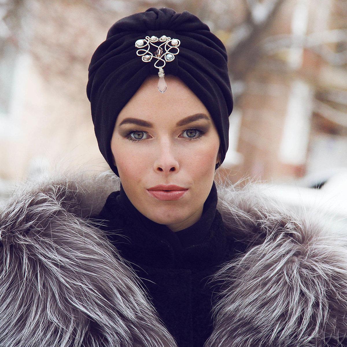 5 стильных головных уборов для женщины 50-ти лет