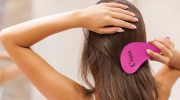 Почему волосы к концу дня выглядят как сосульки и что с этим делать