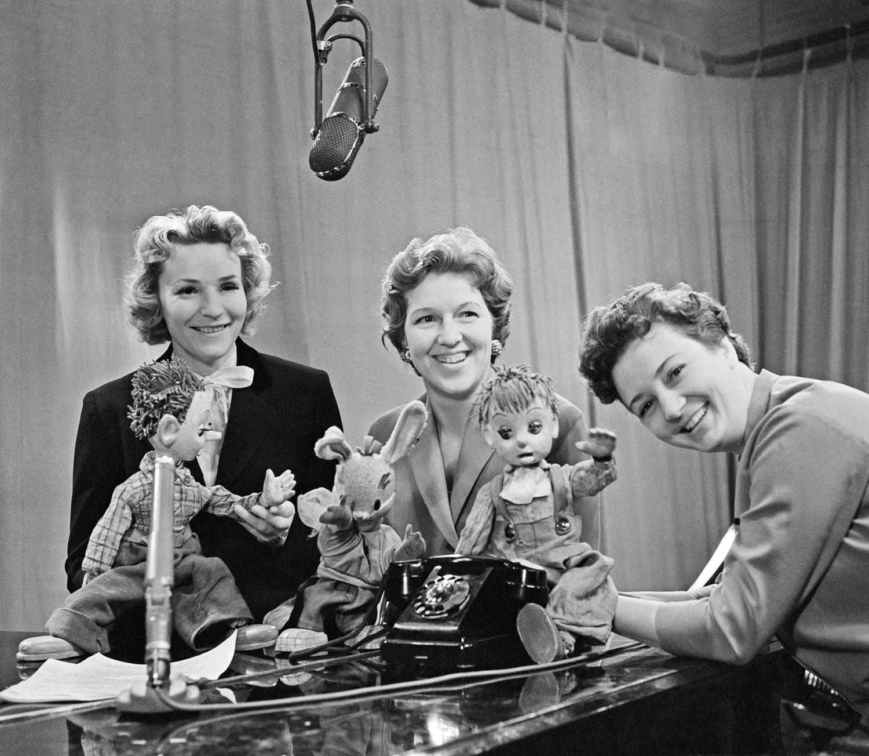 5 самых красивых и стильных женщин советского телевидения