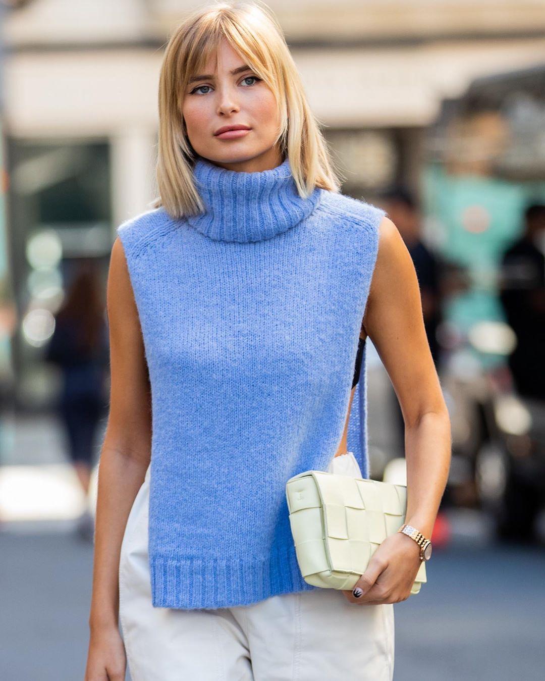 Водолазки без рукавов снова в моде. 7 примеров, чтобы быть стильной